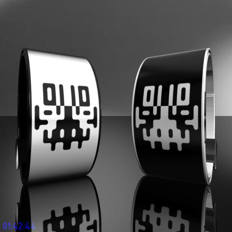 symmetrical_rorschach_inspired_watch_design_overview