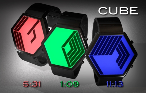 cube_watch_design_builds_a_cube_as_time_passes_colors