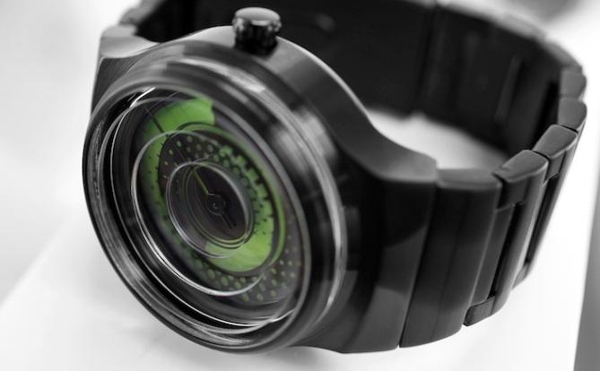 kisai_uzumaki_analog_watch_from_tokyoflash_japan_black_green