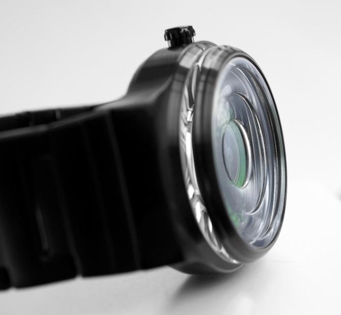 kisai_uzumaki_analog_watch_from_tokyoflash_japan_lens