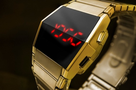 kisai_xtal_led_watch_with_six_animations_cryptic_time